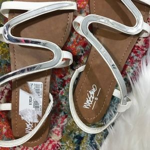 Mossimo Supply Co. Shoes - Mossimo • White + Silver Funky Sandals